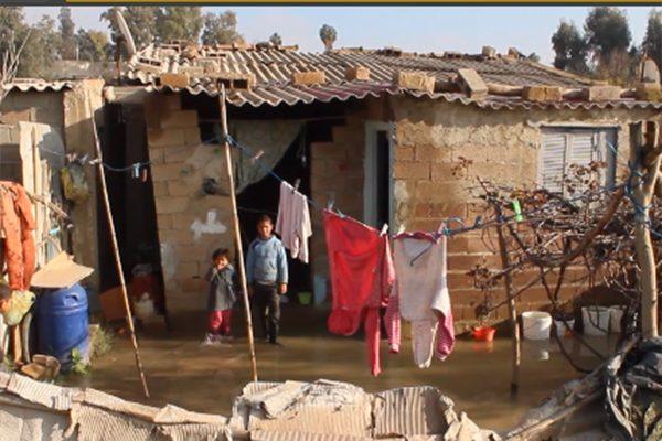 الشلف: الأمطار تغمر السكنات الفوضوية بحي كرميلة وتشرد العائلات