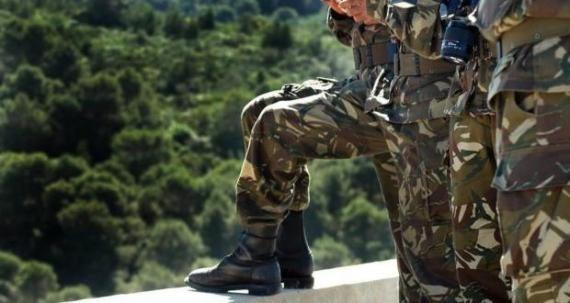 الجيش الشعبي الوطني يوقف تاجر مخدرات ببسكرة