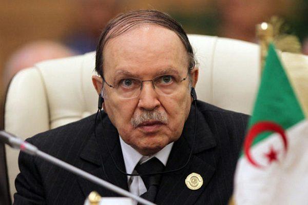الرئيس بوتفليقة يأمر بتعويض ضحايا حرائق تيزي وزو