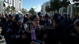 شاهد كيف اعتقلت الشرطة مديرة جريدة الفجر حدة حزام