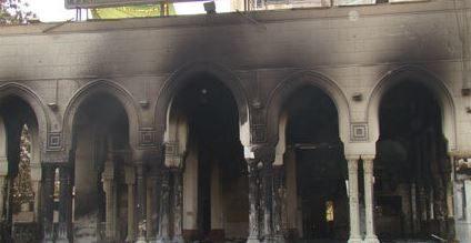 مواطن يحرق 19 مصليا داخل مسجد بتبسة
