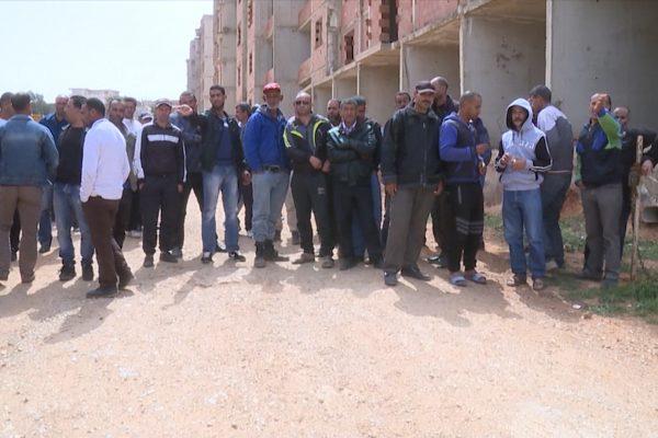 تيبازة: عمال وكالة الترقية العقارية ببوسماعيل يحتجون للمطالبة بحقوقهم