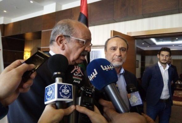 مساهل يلتقى مع رئيس المجلس الرئاسي الليبي بطرابلس وقيادات عسكرية بمصراتة
