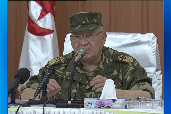 الجيشسيكون بالمرصاد لكل من تسول له نفسه المساس بسيادة الجزائر وأمنها