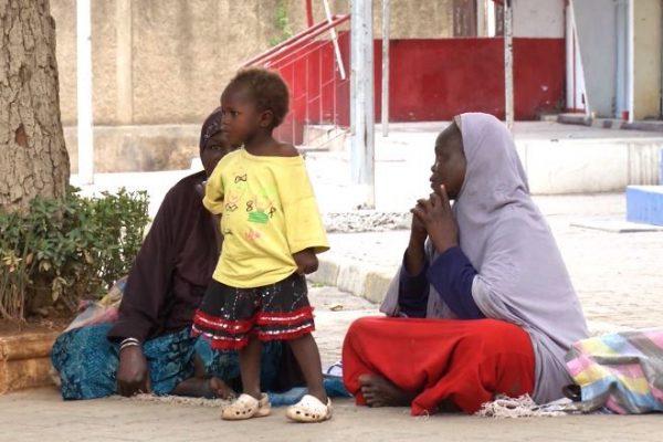 الحكومة تفصل في قضايا اللاجئين الأفارقة ومصانع تركيب السيارات