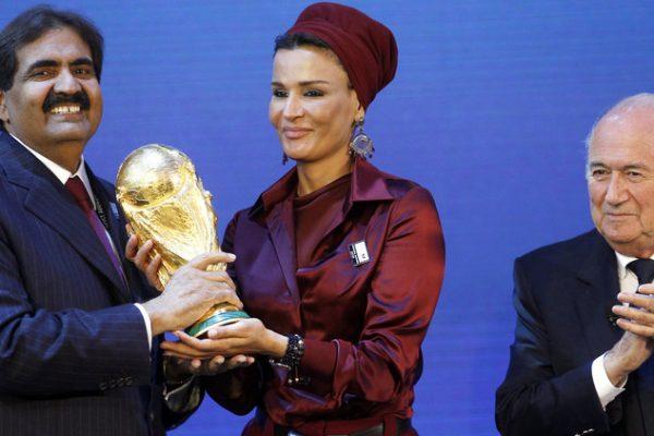 الفيفا ينفي تسلم طلب بسحب تنظيم المونديال من قطر