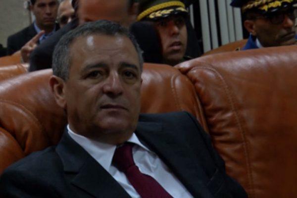 اتهامات «أوراق بنما» للوزير بوشوارب تقسم الطبقة السياسية