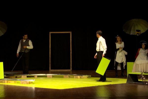 مسرحية زوج مثالي  تتحدث عن الفساد بطريقة أخرى بالأردن
