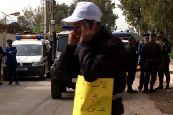 الأساتذة يدخلون في اضراب عن الطعام