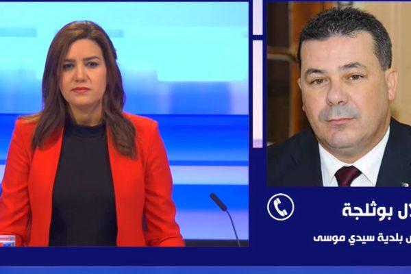 رئيس بلدية سيدي موسى يكشف تفاصيل الإعتداء عليه داخل مقر البلدية من طرف عامل وشقيقه