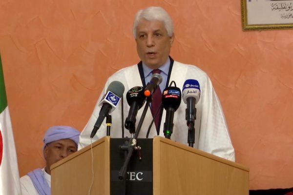 الطيب لوح الاستقرار الذي تنعم به الجزائر حاليا راجع للمصالحة الوطنية