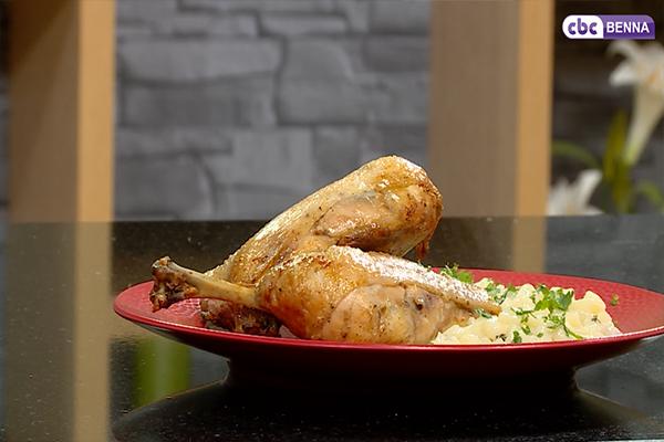 دجاج مشوي بالخل وطبق محار البحر على طريقة البروفانس