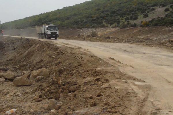 الطارف: تسارع أشغال الطريق السيار شرق غرب يستقطب 2700  عامل جديد