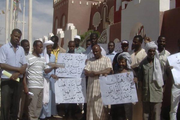 أدرار :مواطنو  قصر بوكان ببلدية تيمي وضع بيئي مزري ومطالب بالتدخل
