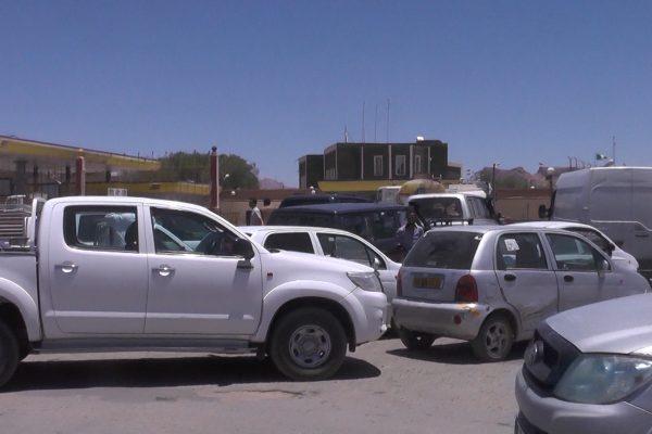 تمنراست: معانات كبيرة يعيشها أصحاب السيارات والشاحنات من أجل التزويد بالوقود