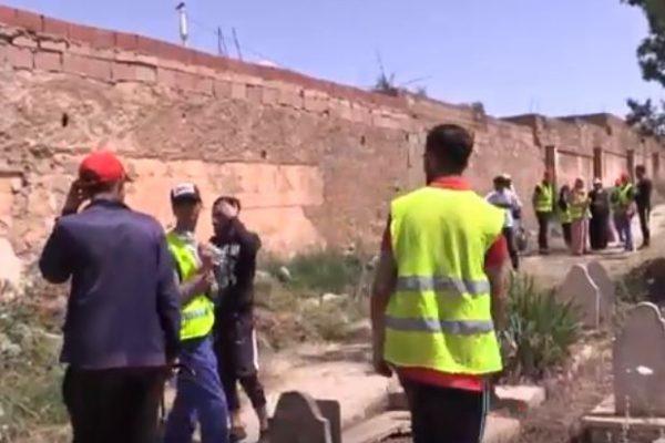 تيارت: تنظيف المقابر مهمة الجمعيات غي غياب السلطات