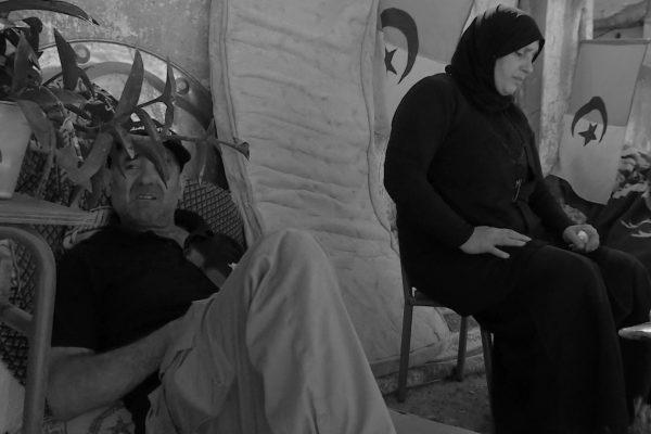 العاصمة: عائلة تعيش في الشارع بعد قرار طرد في حقهم بالقبة