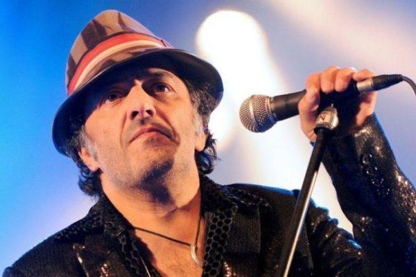 وفاة المغني الجزائري رشيد طه عن عمر ناهز 59 سنة