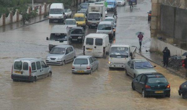 أمطار وانخفاض في درجات الحرارة بداية من الغد