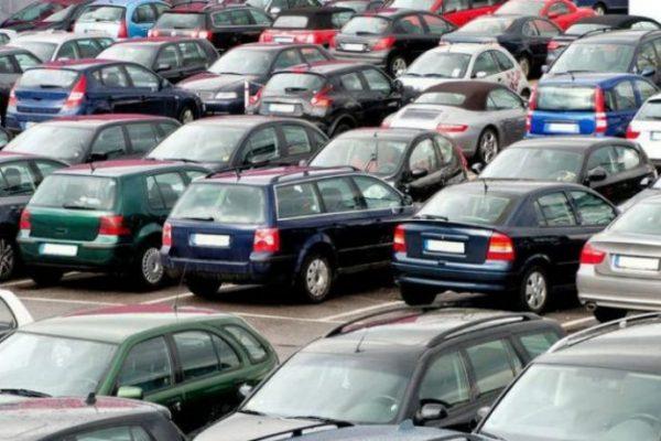 إجبار الجزائر على استيراد السيارات المستعملة الأقل من 3 سنوات