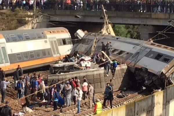 إنحراف قطار عن مساره في المغرب يخلّف قتلى وجرحى