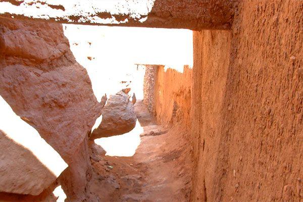 """قصر """"تاغيت"""".. معلم تاريخي  وسياحي يهدده الإهمال والإندثار"""