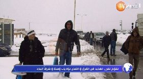 الثلوج تعزل العديد من القرى و المدن بولايات وسط و شرق البلاد
