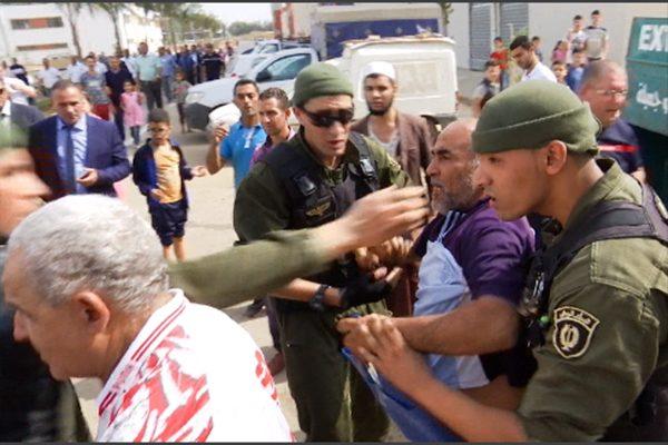 المقصيون من السكن يعترضون موكب والي العاصمة ببئر توتة