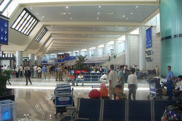 """عمّال قاعدة الصّيانة بـمطارهواري بومدين الدولي في""""إضراب"""" عن العمل !"""