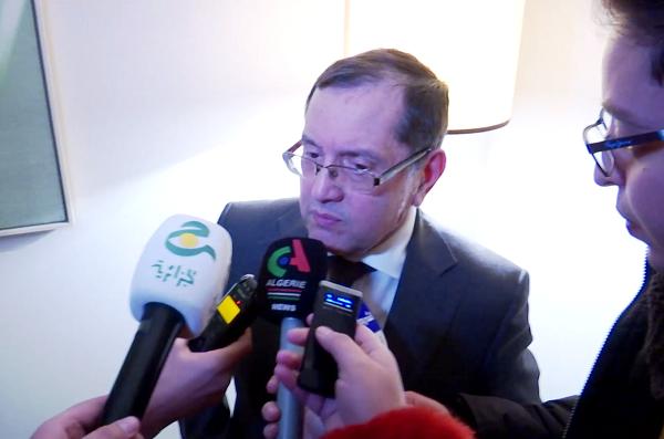 """بالفيديو.. بوطرفة يبدي تفاؤله بصمود اتفاق الجزائر هذا الأربعاء في اجتماع """"أوبك"""""""