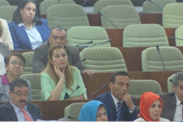 الهجمة الفرنسية على الجزائر تخيم على جلسة البرلمان و النواب ينتفضون