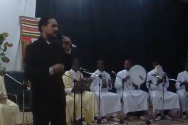 المنشد حسام الجزائري يطلق أولى ألبوماته من أدرار
